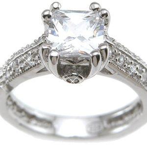 Vintage Antique Style Engagement / Fashion Ring